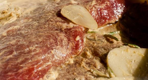 marynowany stek wołowy