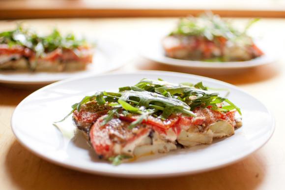 Zapiekanka z bakłażana, ziemniaków i pomidorów