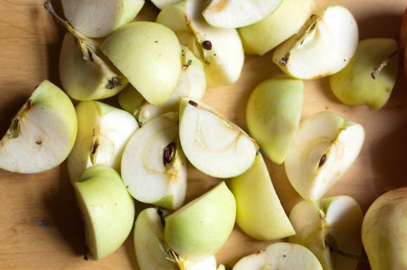 pokrojone jabłka