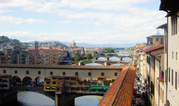Widok z tarasu w Galerii Uffizi