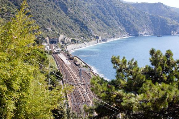 Stacja kolejowa w Manaroli - widok z góry