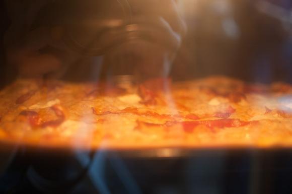 pieczenie pizzy