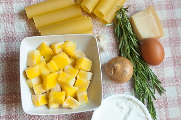 składniki na cannelloni z dynią i rozmarynem