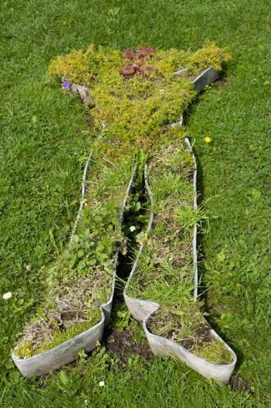 Trup z trawy