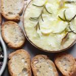 Camembert pieczony