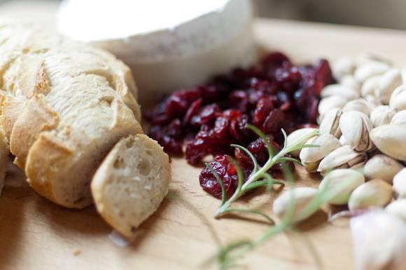 składniki na camembert pieczony